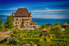 View over chateau d 39 oex switzerland royalty free stock for Jardin 5 sens yvoire